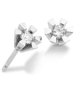 14 Karat Hvidguld Ørestikker fra Aagaard med Diamanter 0,30 Carat W/P1