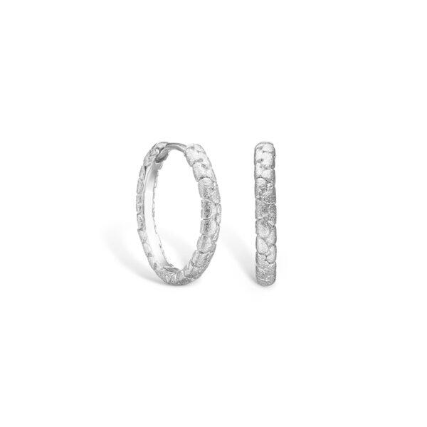 BLOSSOM øreringe i sølv med hjerter Ø19