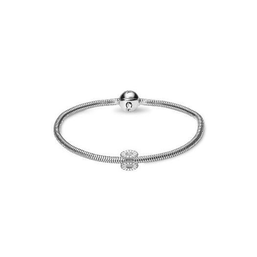 Christina Collect - jule kampagne - sølv armbånd med marguerit i sølv
