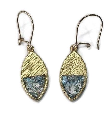 Hænge øreringe - Guldbelagt messingramme og romersk glas