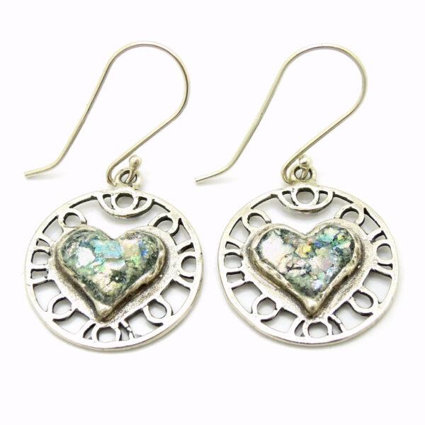 Hjerte øreringe i sølv med romersk glas