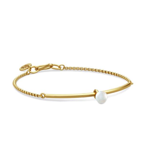 Julie Sandlau Perla armbånd i forgyldt med hvid perle