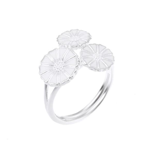 Lund Copenhagen Marguerit Ring, 3 blomster sølv med hvid emalje